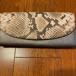 NWOT coach wallet